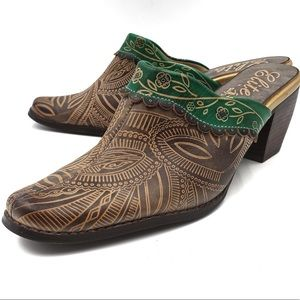 ELITE by CORKY'S scroll leather mules size 7
